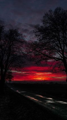 Red sunset over horizon hd wallpaper. Sunset Landscape, Abstract Landscape, Landscape Paintings, Acrylic Paintings, Sunset Wallpaper, Nature Wallpaper, Mobile Wallpaper, Beautiful Wallpaper, Wallpaper Wallpapers