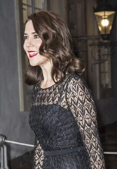 Crown Princess Mary looked like a 1940s Hollywood starlet.