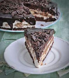 Tiramisu torta sütés nélkül (No Bake Tiramisu Cake) My Recipes, Cookie Recipes, Dessert Recipes, Favorite Recipes, Hungarian Cuisine, Hungarian Recipes, Food Cakes, Cupcake Cakes, Tiramisu Cake