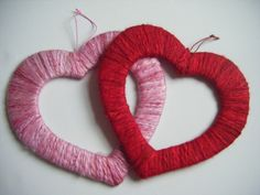 DIY: Valentine's day decor (http://woollywotnots.wordpress.com/2010/02/04/make-heart-hangings-for-your-home/)