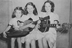 Photo of the Carter sisters as little girls. (Anita, June, and Helen)