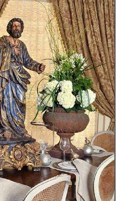 #garden #urn as centerpiece.  Lovely.