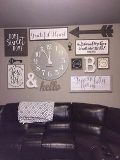 Rustic farmhouse gallery wall rustic gallery wall living decor ideas best on family collage shabby chic Ikea Bar, Modern Country, Country Décor, French Country, My Living Room, Living Room Decor, Small Living, Cozy Living, Kitchen Living