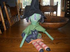 PRIMITIVE Folk- Art Witch Halloween. #primitivefolkart