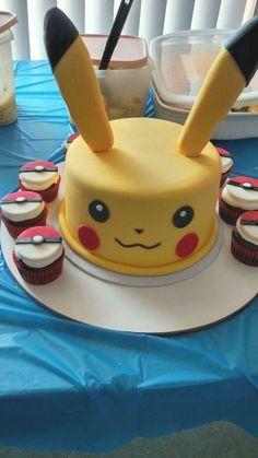 Bolo Pikachu, Pikachu Cake, Pokemon Themed Party, Pokemon Birthday Cake, Birthday Cakes, Pokemon Cupcakes, 6th Birthday Parties, Boy Birthday, Birthday Ideas