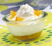 Salade d'oranges et crème fouettée