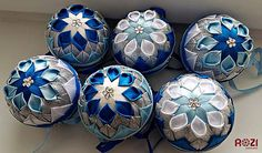 Rozii / Sada patchwork vianočných gulí