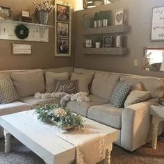 Back sitting room idea. Looks so cute and cozy.