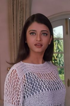Bollywood actress who comes in top 10 list of worlds beautiful woman is Aishwarya Rai. We will discuss biography of Aishwarya Rai Bachchan and Importannt Aishwarya Rai Movies, Aishwarya Rai Makeup, Aishwarya Rai Young, Actress Aishwarya Rai, Indian Bollywood Actress, Bollywood Girls, Aishwarya Rai Bachchan, Beautiful Bollywood Actress, Most Beautiful Indian Actress