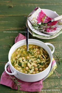 Zuppa di Pasta e Ceci (Pasta and Chickpea Soup)