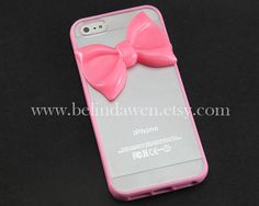Bow iPhone Case http://hqtips.com/mobile/5-pretty-iphone-5-cases-for-girls/