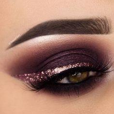 Sumply stunning purple eye makeup #GlitterEyeliner