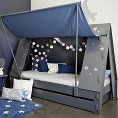 Cabin bed tent Mathy by bols Kids Canopy, Kids Tents, Toddler Bed Tent, Kids Bed Tent, Cool Toddler Beds, Unique Kids Beds, Bunk Bed With Desk, Diy Zimmer, Childrens Beds