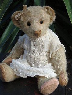 "Antique Bears | Steiff | Restoration | Old Bears | Teddy Bears | Olde Bear Attique    Isabella  (14"" pre 1910)"