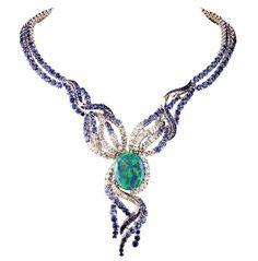 Van Cleef & Arpels Voyages Extraordinaire Collection Necklace
