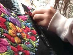 Maria weaving beautiful huipil - YouTube