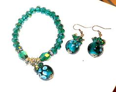 Green Faceted Glass Stretch Bracelet and Earring Set Christmas In July      http://stores.ebay.com/JEWELRY-AND-GIFTS-BY-ALICE-AND-ANN