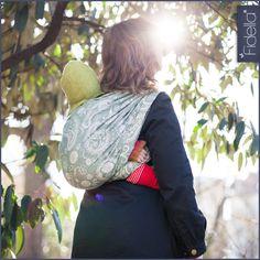 Fidella Tragetuch -Persian Paisley Pine-, ab 29,90 EUR, Fidella® Tragetücher #fidella #babywearing #persian #paisley #green #nature
