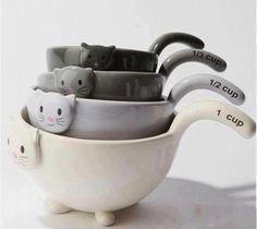 Cat Kitten Measuring Cups / Bowls for Baking  buy it ==> http://www.lovedesigncreate.com/cat-kitten-measuring-cups-bowls-for-baking-black-white-grey-ceramic/