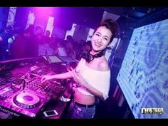 Nonstop DJ Trang Moon 2016 2015 Tổng Hợp Các Màn Biểu Diễn Bốc Lửa Trong Bar dj trang moon 2016 tong hop cac man bieu dien boc lua trong bar Nonstop 2015 cực...