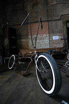 """Almost a """"Harley"""" ; Velo Beach Cruiser, Cruiser Bicycle, Motorized Bicycle, Cool Bicycles, Cool Bikes, Bicycle Pictures, Lowrider Bicycle, Motorised Bike, Bike Builder"""