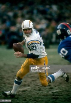 Quarterback John Hadl of the San Diego Chargers drops back to pass against the New York Giants during an NFL football game at Yankee Stadium November. Nfl Football Games, Nfl Football Players, Football Memes, School Football, Chicago Bears Pictures, Nfl Sports, Sports News, Nfl Uniforms, Nfl Photos