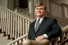 Brenau President Ed Schrader Gets 2nd Term on Accreditation Agency