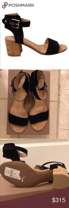 Gianvito Rossi Rikki Low Sandals NWT! Gianvito Rossi sandals in navy blue suede. These gorgeous sandals are perfect for summer and goes great with everything. They're great for walking and the low heel is very practical. Comes with shoebox Gianvito Rossi Shoes Sandals
