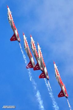 The Turkish Stars Airplane Fighter, Fighter Aircraft, Fighter Jets, Military Jets, Military Aircraft, Airline Cabin Crew, Aerial Acrobatics, Turkish Army, Star Wars
