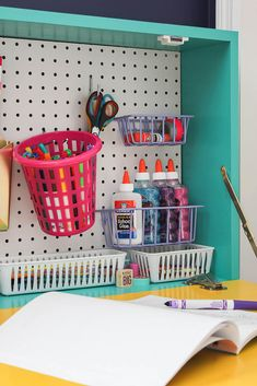 DIY Wall Mounted Drop Down Desk with Hidden Storage - perfect for kids or adults - customize how you like! kids desk DIY Wall Mounted Desk: Easy Build Drop Down Wall Desk Drop Down Desk, Fold Down Desk, Kids Desk Organization, Desk Storage, Storage Ideas, Diy Wand, Hidden Desk, Hidden Storage, Girl Desk