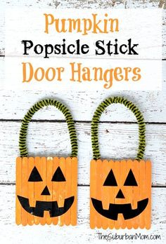 DIY Pumpkin Popsicle Stick Door Hangers! You and your kids can make these cute, homemade door hangers for Halloween.