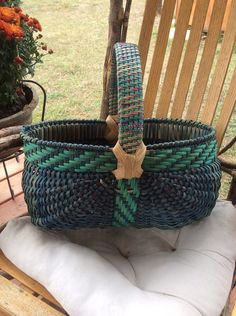 Oval Melon Egg Basket w/ Twill handle