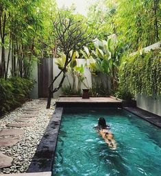 Amazing Small Swimming Pool For Your Small Backyard pool landscaping Backyard Pool Landscaping, Backyard Pool Designs, Small Pools, Swimming Pools Backyard, Small Backyard Landscaping, Swimming Pool Designs, Backyard Ideas, Landscaping Ideas, Kleiner Pool Design