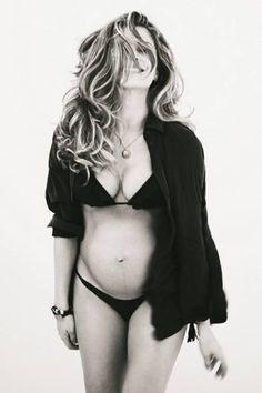 http://extra.globo.com/famosos/grazi-posa-de-lingerie-com-barrigao-mostra-revela-gravidez-proporcionou-uma-uniao-diferente-entre-mim-o-caua-4714224.html