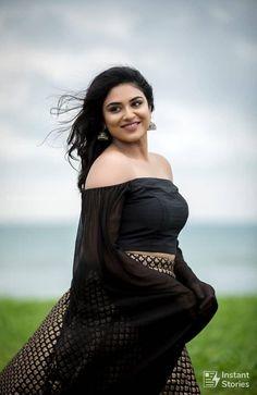 Indhuja Ravichandran Latest Hot Photos/Wallpapers in HD Quality Hollywood Actress Name List, Hollywood Girls, Hollywood Model, Hollywood Heroines, Hot Actresses, Indian Actresses, Bollywood Actress Hot, Tamil Actress, Punjabi Actress