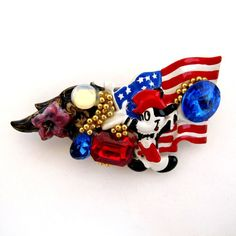 """My shop's """"Make an Offer"""" week is the perfect chance to pick up this Vintage Patriotic Mickey Mouse Wendy Gell Brooch - Custom Made! The """"make an offer"""" option ends this Friday, June PST. Antique Christmas Ornaments, Christmas Decor, Mickey Mouse, Vintage Jewelry, Antique Jewelry, Premier Designs Jewelry, Vintage Love, Artisan Jewelry, Vintage Outfits"""