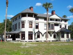 e2f4c366 The John B. Stetson House (known locally as the Stetson Mansion) is a