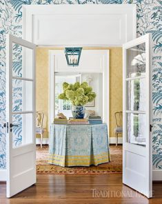 Sarah Bartholomew puts a spin on this Nashville Home is stunning with unique pops of color in each room that add to the inital design of the home. House Of Turquoise, Hall Wallpaper, Damask Wallpaper, White Wallpaper, Pattern Wallpaper, Entry Tables, Foyer Decorating, Traditional House, Traditional Design
