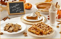 Looking for a classic pumpkin recipe perfect for this Fall season? Here's tons of fun and easy pumpkin recipes!  #recipe #pumpkin #fallfood