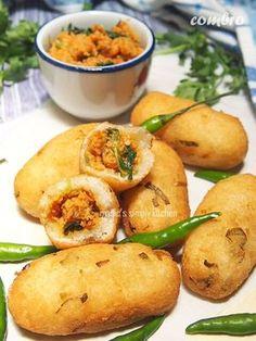 combro Indonesian Desserts, Indonesian Cuisine, Indonesian Recipes, Appetizer Recipes, Snack Recipes, Dessert Recipes, Cooking Recipes, Roti Canai Recipe, Asian Recipes