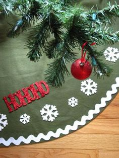 9 DIY Christmas Tree Skirts Perfect For Your And Many Are No