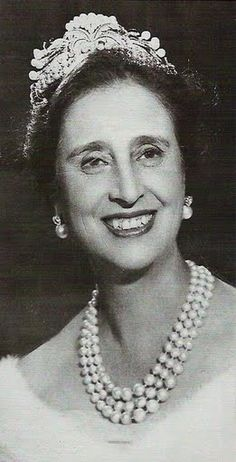 Carmen in later life, wearing the same tiara