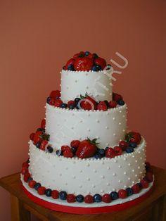 Торт свадебный с фруктами
