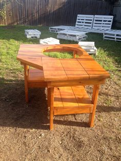 Big Green Egg Corner Farm Table