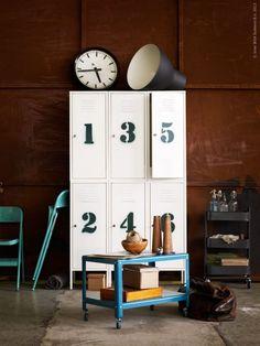 11x lockers als kast : www.interiorjunkie.com