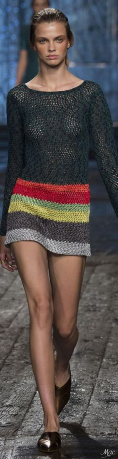 nice Spring 2017 Ready-to-Wear Missoni. Crochet Blouse, Knit Dress, Knit Crochet, Vestido Multicolor, Moda Crochet, Crochet Woman, Silk Wool, Crochet Fashion, Crochet Clothes