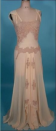 1930's/40's Peignoir Bridal Honeymoon Set of Blush Sheer Crepe and Lace! Luxurious Wedding Nightgown and Robe or Wedding Trousseaux