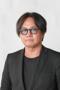 ゲスト◇松﨑健夫(Takeo matsuzaki) 兵庫県生まれ。東京藝術大学大学院映像研究科映画専攻修了。テレビ・映画の撮影現場を経て、現在映画執筆業。『WOWOWぷらすと』『ZIP!』『キキマス!』『I A.M.』等で映画解説、『シネマの世代』では監修、映画関連のトークイベントに出演しながら、キネカ大森にて名画上映『松崎ブラザーズのイマコレ!』を定期開催。松崎ブラザーズでは<B>の方。共著『現代映画用語事典』(キネマ旬報社)ほか。日本映画ペンクラブ会員。   松﨑健夫(Twitter) https://twitter.com/eigaoh