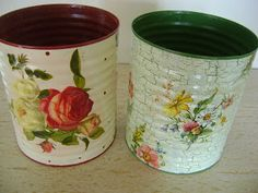 ADRIANA: LATAS PINTADAS E COM DECOUPAGE Tin Can Crafts, Fun Crafts, Diy And Crafts, Decoupage Tins, Tin Can Alley, Recycle Cans, Altered Tins, Diy Bottle, Craft Markets