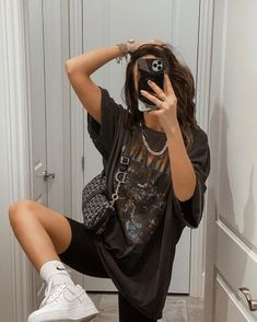 Graphic tees + biker shorts are a current staple of mine ⁣.Graphic tees + biker shorts are a current staple of mine ⁣ would definitely beat me in a who wore it better though, LOVE her style ⁣ Cute Casual Outfits, Edgy Outfits, Retro Outfits, Short Outfits, Summer Outfits, Fashion Outfits, Biker Outfits, Streetwear Mode, Streetwear Fashion